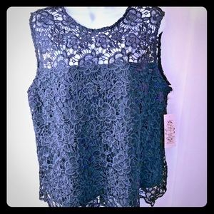Nanette Size Large Lace Top Black NWT MSRP $98
